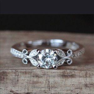 Jewelry - VINTAGE FLORAL